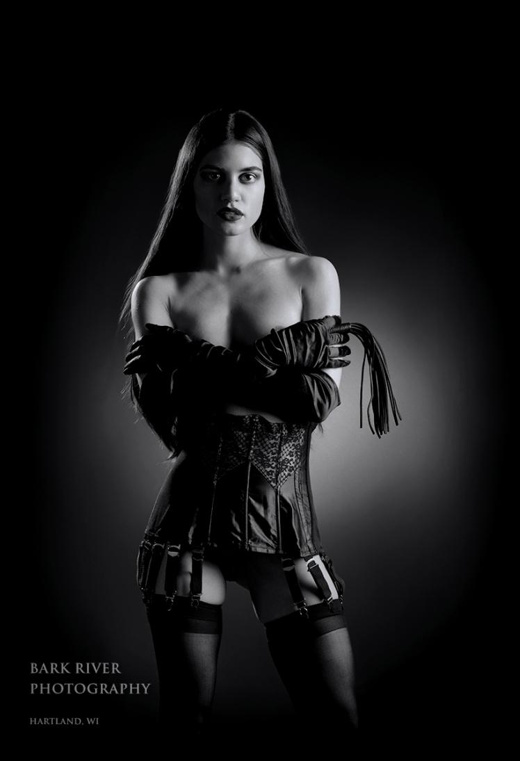 Noela Studio_0642 epp online bw